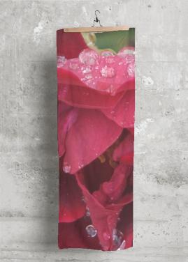 VIDA MODAL SCARF (FRESH RED ROSE)